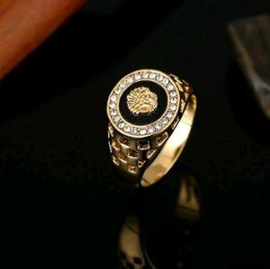 18ktgf lion head Austrian Crystal Ring